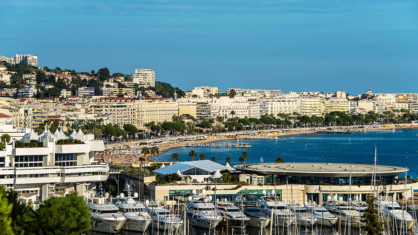 Header-Cannes-Yachts-View